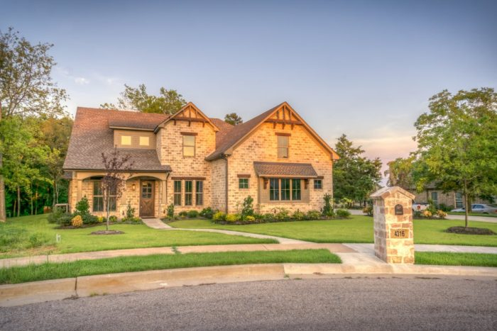 house at end of cul de sac Real Estate Made Easy: How To Decide Which Location is Right For You