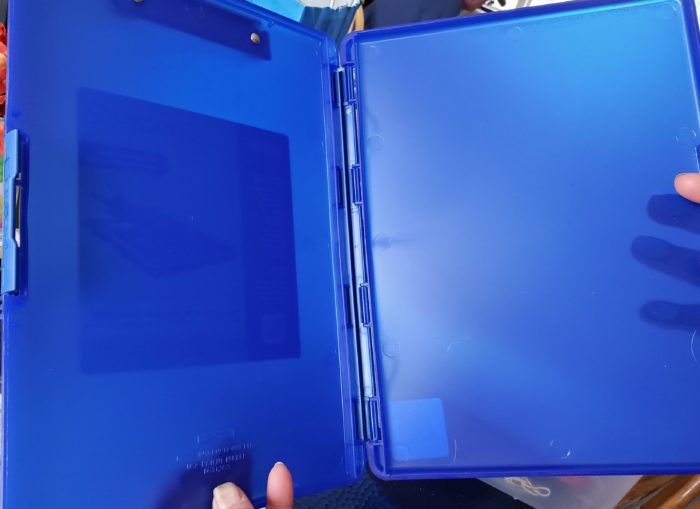 Diamond painting tutorial inside of dexas slimcase 2 case to hold paintings until completed