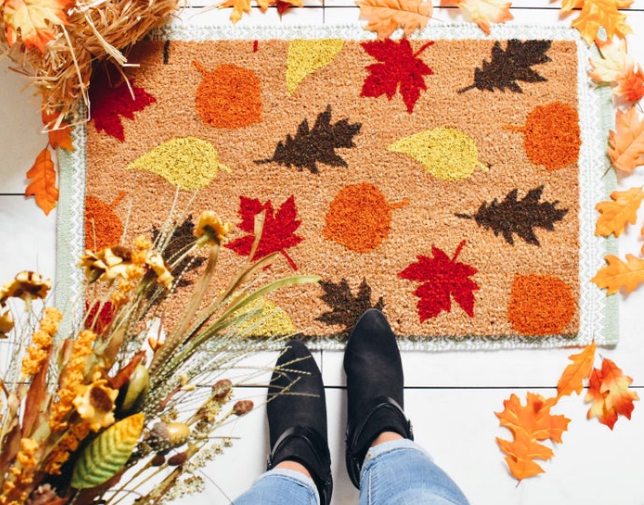 Pumpkin Frost home decor welcome mat with painted fall leaves