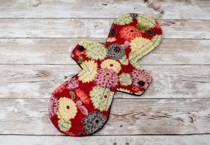 reusable items to get feminine pad mama cloth floral design