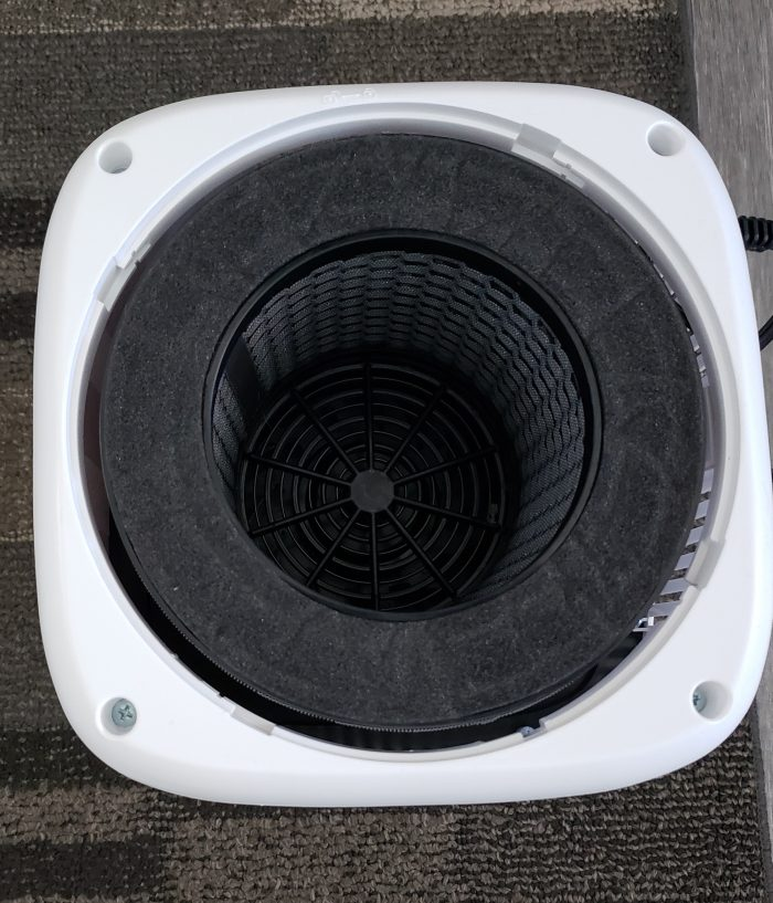 Product Review of Okaysou Air Purifier AirMic4S filter inside unit with bottom open